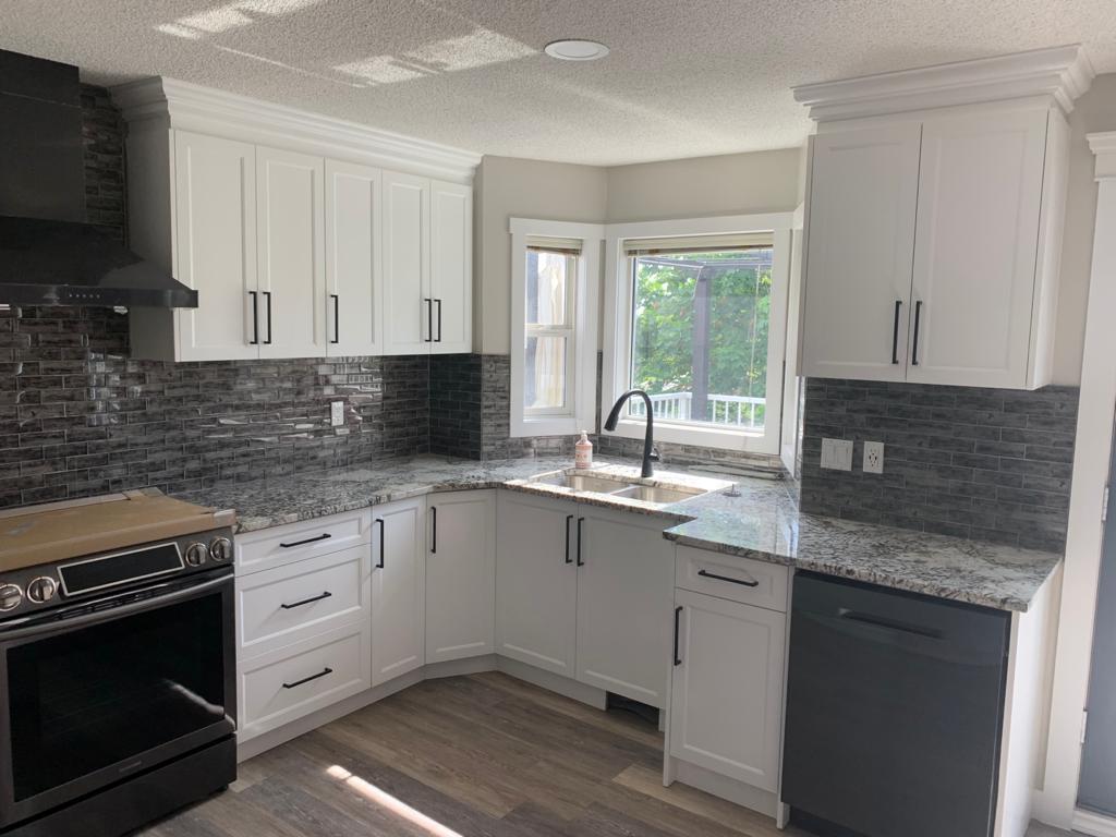 Custom Kitchen Cabinets Calgary NE